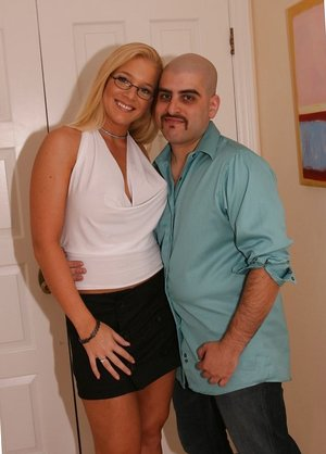 Gorgeous Big-boobed Blond Wifey Gets Plumbed