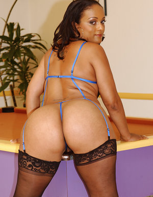 Magnificent ebony honeys