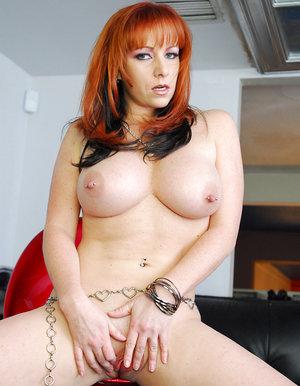Redhead Lezzie Kneads
