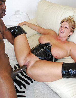 Blondie Mummy screwed